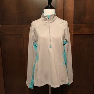 Under Armour Semi-Fitted Cold Gear Size Large